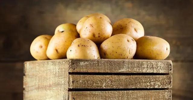 保存土豆的方法,原来这么简单,牢记三个小技巧,小半年都不发芽